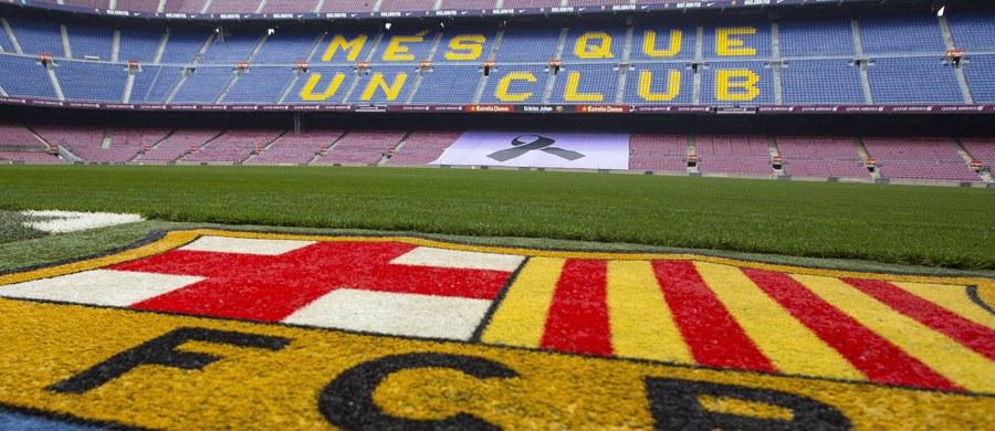 """Przed nami prawdziwy piłkarski szlagier: dzisiaj wieczorem piłkarze Barcelony podejmą na Camp Nou zawodników Realu Madryt. Gracze """"Blaugrany"""" chcą zwycięstwem uczcić pamięć po zmarłym 24 marca Johanie Cruyffie, który był niegdyś piłkarzem i trenerem drużyny. Dla """"Królewskich"""" natomiast będzie to pierwsze El Clasico pod wodzą Zinedine'a Zidane'a."""