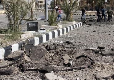 W Palmirze odkryto grób ofiar IS, także kobiet i dzieci. Część z nich została ścięta