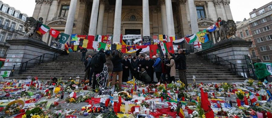 """Szef MSW Niemiec Thomas de Maiziere w wywiadzie dla niedzielnego wydania dziennika """"Tagesspiegel"""" wypowiedział się przeciwko tworzeniu w Unii Europejskiej wspólnego europejskiego centrum antyterrorystycznego według niemieckich wzorów. """"Niemieckie Centrum do Walki z Terroryzmem (GTAZ) zdało egzamin umożliwiając policji i służbom stałą wymianę informacji"""" - powiedział de Maiziere. Jak zaznaczył, GTAZ potrzebowało po powstaniu w 2004 r. aż dwóch lat na """"dotarcie się"""", gdyż w pracach tego gremium uczestniczy 40 różnych urzędów i służb."""