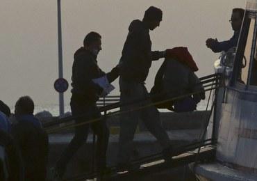 """Pierwsi imigranci odsyłani z Grecji do Turcji. """"To pierwszy dzień trudnego czasu dla uchodźców"""""""