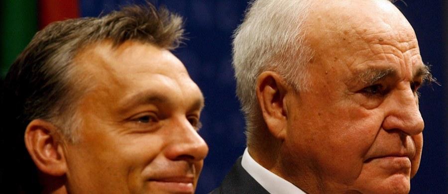 """Były kanclerz Niemiec Helmut Kohl zamierza spotkać się z premierem Węgier Viktorem Orbanem – podał niemiecki """"Bild"""". Redakcja podkreśla, że Kohl zawsze bronił kontrowersyjnego polityka, uważając go za zaangażowanego Europejczyka."""