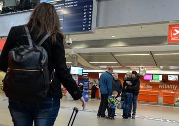 Zatrzymano sprawcę alarmów bombowych na lotnisku Chopina i w Modlinie
