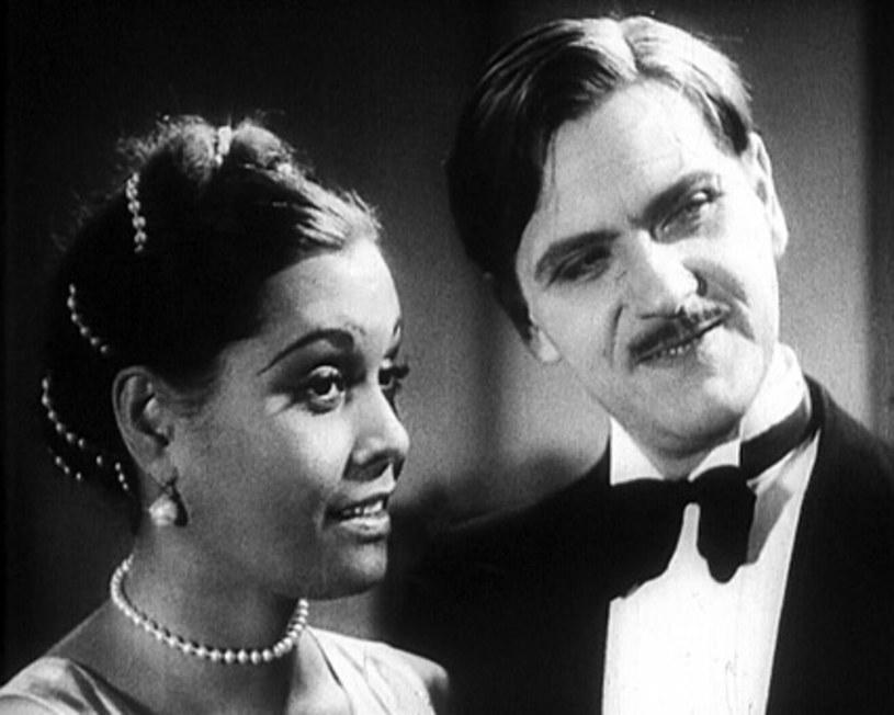 Eugeniusz Bodo miał opinię kobieciarza. Największym echem odbił się jego związek z tahitańską aktorką Reri. Dla niego przerwała swoją kwitnącą karierę w Hollywood i zamieszkała w Polsce. W serialu o życiu Bodo w rolę Reri wcieliła się Patricia Kazadi.
