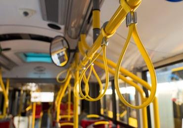 Są zarzuty dla mężczyzny, który strzelał z wiatrówki w miejskim autobusie w Krakowie