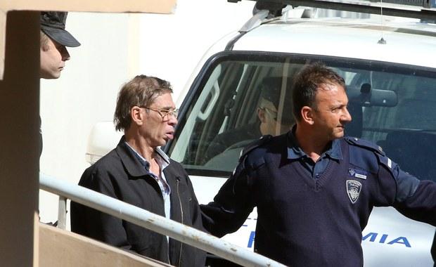 Wniosek egipskiej prokuratury do władz Cypru w sprawie ekstradycji Egipcjanina oskarżonego o porwanie samolotu pasażerskiego linii EgyptAir został rozpatrzony pozytywnie - podała agencja AP, powołując się na źródła w cypryjskim rządzie.