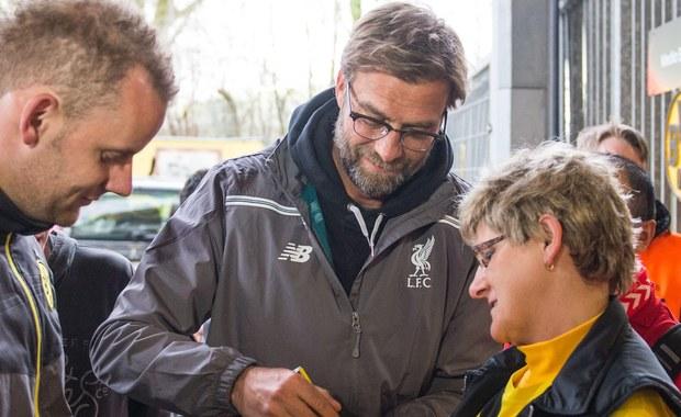 """Czwartkowe mecze w Lidze Europy będą miały w sobie wszystko to, co w futbolu lubimy najbardziej. Spotkania z podtekstami, rywalizacje z udziałem """"czarnych koni"""" i starcia które udowadniają, że w sporcie liczy się coś więcej niż wynik. W Dortmundzie Borussia podejmie Liverpool, Sevilla zmierzy się z Atletikiem, a Villareal o zwycięstwo powalczy z czeską Spartą Praga. Wszystkie spotkania rozpoczną się o 21:05."""