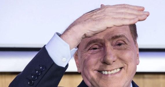 """Tygodnik """"L'Espresso"""" opublikował listę pierwszych stu spośród nazwisk ośmiuset Włochów zamieszanych w aferę """"papierów panamskich"""". Poczesne miejsce zajmuje były premier i magnat medialny Silvio Berlusconi."""