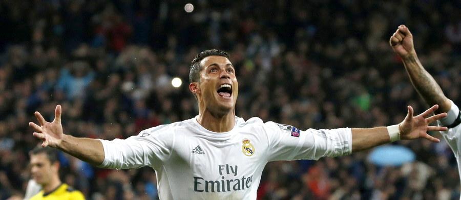 Real, dzięki trzem golom Cristiano Ronaldo, pokonał w Madrycie VfL Wolfsburg 3:0 i awansował do półfinału piłkarskiej Ligi Mistrzów. W Niemczech uległ 0:2. Dalej zagra także Manchester City, który - po remisie w Paryżu 2:2 - w rewanżu zwyciężył u siebie PSG 1:0.