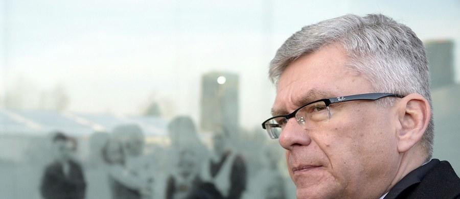 """""""Rezolucja PE dotycząca kryzysu wokół Trybunału Konstytucyjnego, to donos na Polskę, który nie uwzględnia wszystkich elementów, w tym ustawy o Trybunale"""" - uważa marszałek Senatu Stanisław Karczewski. Jak mówi, żałuje, że politycy PO nie szukają kompromisu w Polsce."""