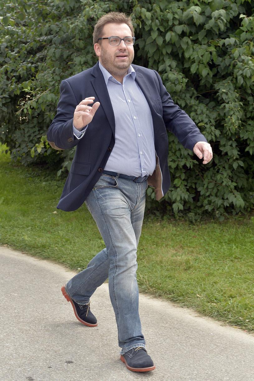 """Nie zobaczymy już na małym ekranie duetu Kinga Rusin - Bartosz Węglarczyk. Popularny dziennikarz nie będzie współprowadzącym magazyn """"Dzień Dobry TVN"""". """"Po ośmiu latach pora na zmiany"""" - oświadczył Węglarczyk."""