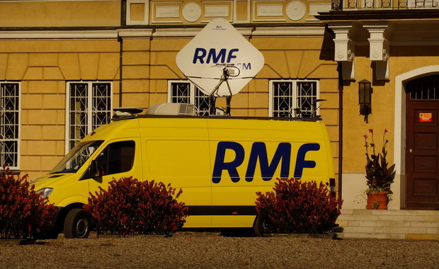 """Ze Szczytna w Warmińsko-Mazurskiem nadamy w tym tygodniu """"Twoje Miasto w Faktach RMF FM"""". Tak zdecydowaliście, głosując w sondzie na naszej stronie. Dlatego w sobotę w Szczytnie zaparkuje wóz satelitarny RMF FM, a nasz reporter przybliżał będzie historię i ciekawostki związane z tym miastem."""