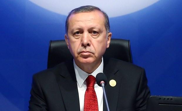 Kraje muzułmańskie porozumiały się ws. utworzenia wspólnej organizacji do walki z terroryzmem - poinformował prezydent Turcji Recep Tayyip Erdogan na 13. szczycie Organizacji Współpracy Islamskiej w Stambule. Zwrócił również uwagę, że większość ofiar terroryzmu to muzułmanie.
