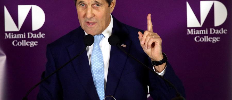 """Szef amerykańskiej dyplomacji ostro skomentował incydent na Bałtyku, potępiając zachowanie strony rosyjskiej. """"Lekkomyślne, prowokacyjne i niebezpieczne"""" - ocenił John Kerry w wywiadzie dla CNN Espanol i """"Miami Herald""""."""