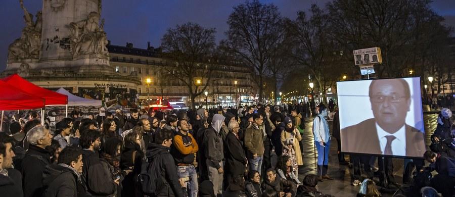 W Paryżu późnym wieczorem doszło do kolejnych gwałtownych protestów przeciwników zmian w prawie pracy. Jak poinformowała policja, grupa demonstrantów niszczyła witryny sklepowe i przystanki autobusowe.
