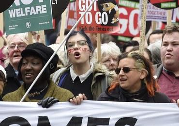 Wielotysięczny protest w Londynie przeciw polityce cięć