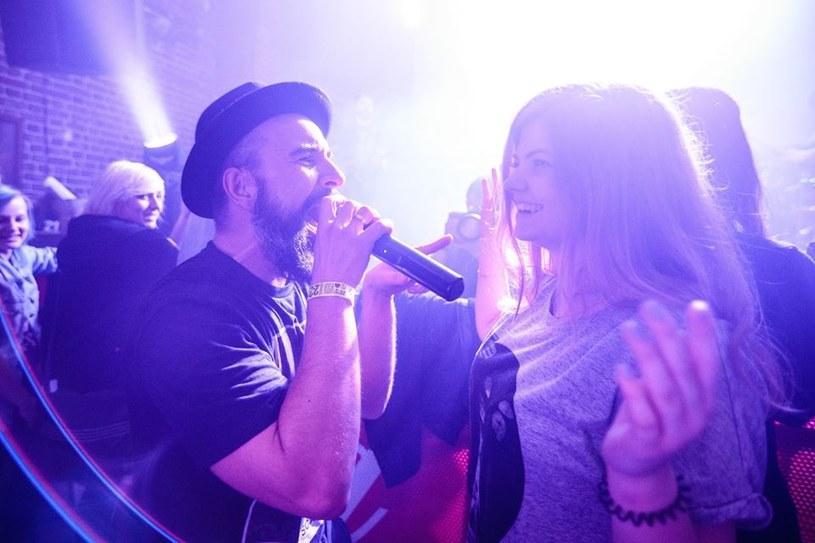 Po koncercie we Wrocławiu Omni mOdO, Superhalo i czeska grupa The Snuff awansowały do finału Eliminacji do Przystanku Woodstock. Z kolei Mademoiselle Carmel i Alcoholica zostali zaproszeni na Dziką Scenę.