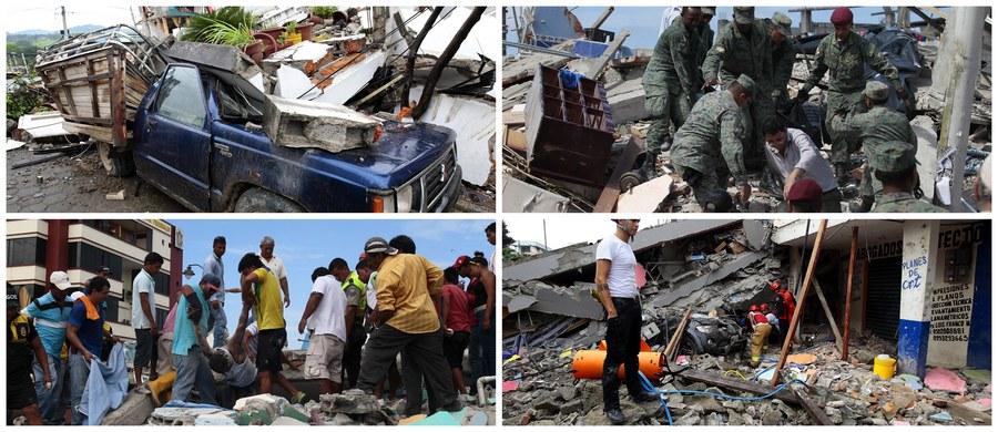 Do co najmniej 233 osób wzrósł w niedzielę bilans ofiar śmiertelnych sobotniego trzęsienia ziemi w Ekwadorze. Władze apelują o spokój, podczas gdy kontynuowane są poszukiwania ocalałych ludzi uwięzionych pod gruzami. Rannych jest ponad 1,5 tys.