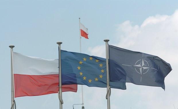 """Premier Beata Szydło powiedziała w poniedziałek, że stała obecność sił NATO w Polsce to cel, który będzie - biorąc pod uwagę deklaracje - spełniony. """"Chodzi o stałą obecność na terenie Polski sił NATO i to jest potwierdzone, że będzie realizowane"""" - dodała."""