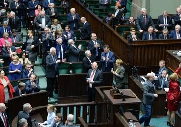 Prezydent odbierze przysięgę od nowego sędziego TK. Marszałek: Głosowanie było zgodne z prawem