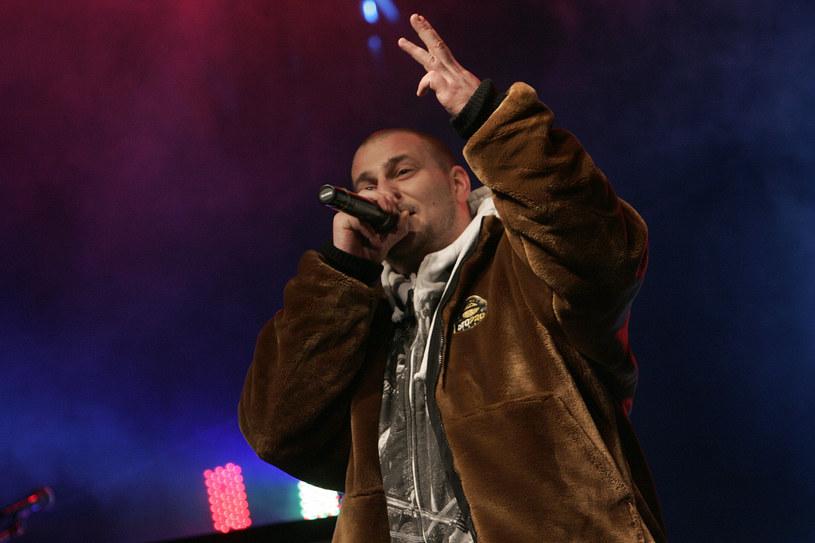 """Raper znany z projektu K.A.S.T.A w rozmowie z """"Faktem"""" przyznał, że wystąpi w jednym z odcinków serialu """"Pierwsza miłość""""."""