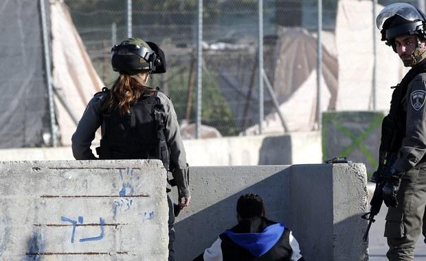 """Izraelska służba specjalna Szin Bet zatrzymała sześciu młodych izraelskich osadników, którzy byli członkami """"żydowskiego komanda terrorystycznego"""". Są podejrzewani o ubiegłoroczne ataki na Palestyńczyków."""