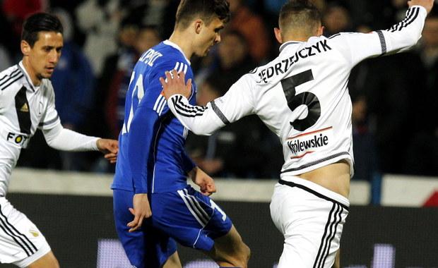 Legia marzy o mistrzostwie, Cracovia o europejskich pucharach. Wieczorem obie drużyny powalczą o punkty w 33. kolejce Ekstraklasy. Trenerzy obu drużyn chwalą zespoły rywali i spodziewają się ciekawego spotkania. Kibice z kolei liczą na grad bramek.