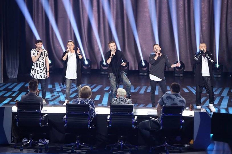 """Raptem czterech na 17 uczestników tego odcinka zasłużyło na komplet głosów na """"tak"""" od jurorów."""