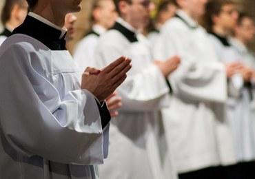 Zakaz mszy św. za ks. Jacka Międlara jest absurdem