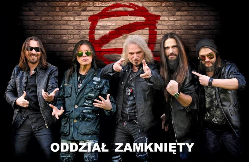 Po 16 latach do zespołu Oddział Zamknięty powrócił wokalista Krzysztof Wałecki (Vintage). Tym samym zakończyły się ostatnie zawirowania w składzie legendy polskiego rocka.