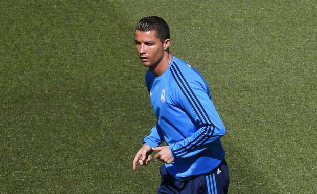 Portugalczyk Cristiano Ronaldo jest gotowy do gry w środowym meczu rewanżowym półfinału piłkarskiej Ligi Mistrzów z Manchesterem City. Real Madryt nie będzie mógł za to skorzystać z Karima Benzemy. W pierwszym spotkaniu w Anglii był remis 0:0.