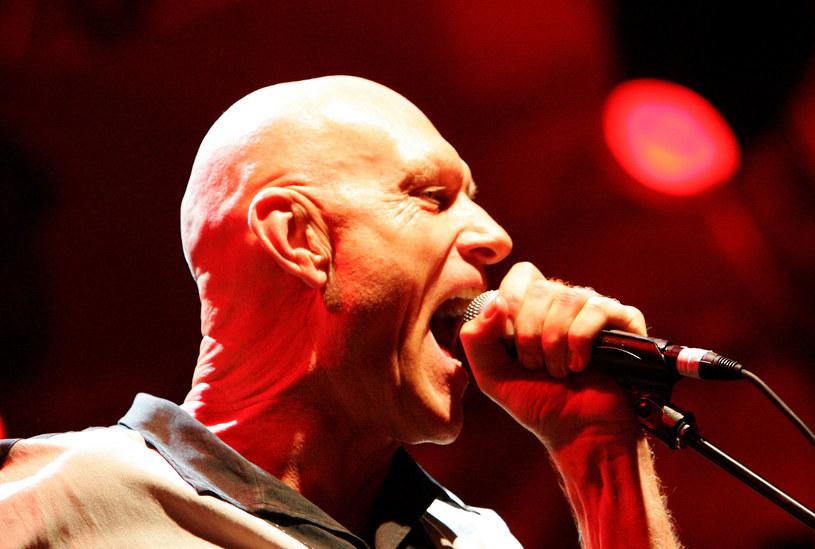 """Popularna przede wszystkim w latach 80. australijska grupa Midnight Oil (przebój """"Beds Are Burning"""") w 2017 r. powróci na koncerty. Poza tym wokalista Peter Garrett szykuje swój debiutancki solowy album."""