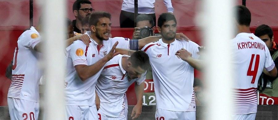 """Liverpool odrobił z nawiązką straty z pierwszego meczu i wygrał z Villarrealem 3:0 w półfinale Ligi Europy. Ekipa """"The Reds"""" zmierzy się w finale z Sevillą, która w ostatnich latach zdominowała te rozgrywki."""