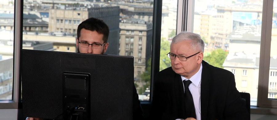 Protesty to wynik niezadowolenia z efektu wyborów; w Polsce nie ma zagrożenia dla demokracji - powiedział prezes PiS Jarosław Kaczyński. W sobotę odpowiadał na pytania internautów. Zapowiedział m.in. zmiany w Kodeksie wyborczym, oraz reformę sądownictwa.