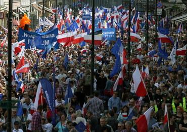 Stołeczna policja po sobotnich marszach: Cyfry i szacunki to dla nas sprawa drugorzędna