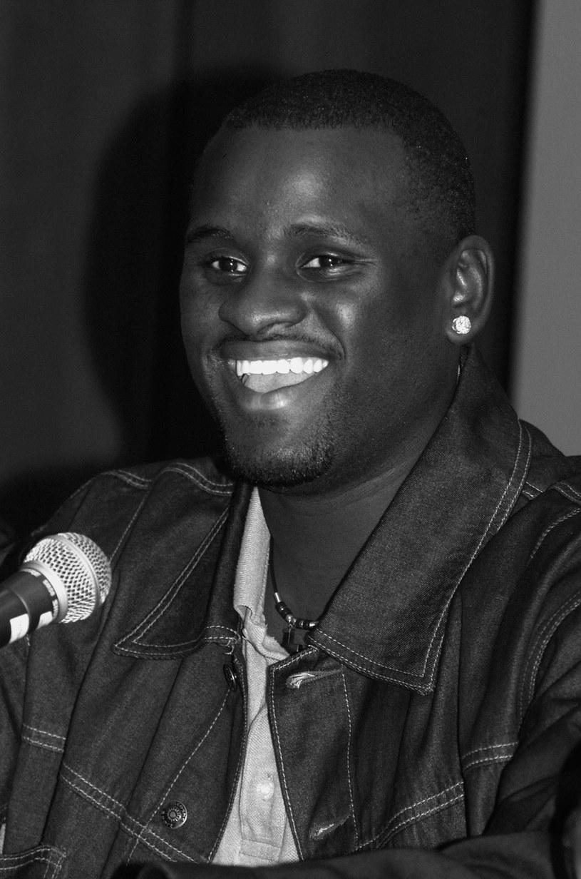 """W czwartek wieczorem lokalnego czasu (5 maja) w wypadku samochodowym zginął wokalista Rickey Smith, finalista drugiej edycji """"American Idol""""."""