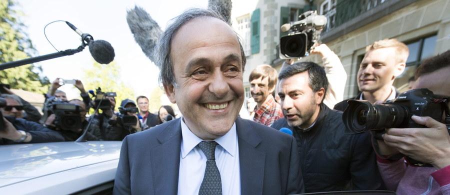 Międzynarodowy Trybunał Arbitrażowy ds. Sportu (CAS) w Lozannie zmniejszył dyskwalifikację szefa Europejskiej Unii Piłkarskiej Michela Platiniego z sześciu do czterech lat. Francuz, który został ukarany za nieprawidłowości finansowe, zrezygnuje z kierowania UEFA.