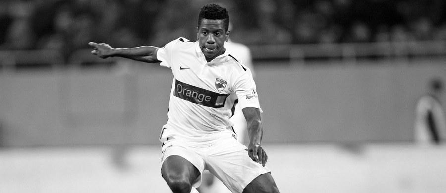 Wadliwe wyposażenie karetki, która transportowała do szpitala piłkarza Dinama Bukareszt Patricka Ekenga, mogło przyczynić się do jego śmierci - wynika ze śledztwa ministerstwa spraw wewnętrznych Rumunii. 26-letni Kameruńczyk zasłabł w piątek podczas meczu ligowego, miał atak serca.