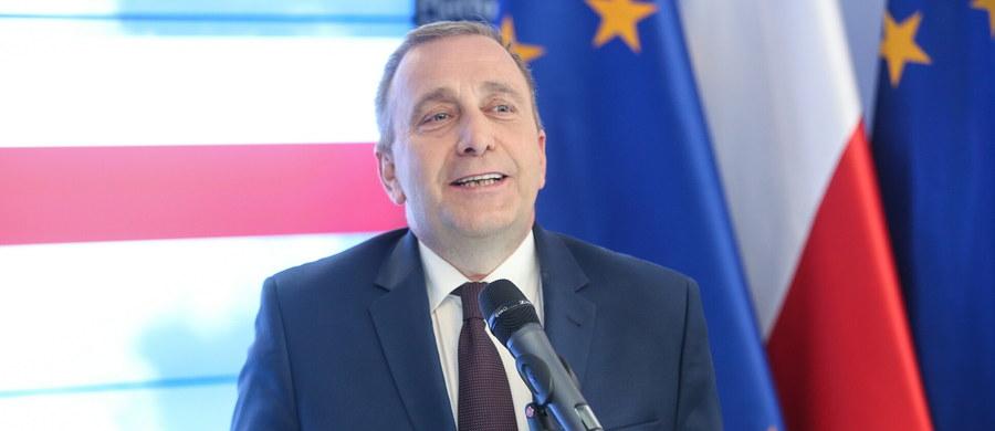 To czysta polityka - tak szef PO Grzegorz Schetyna odniósł się do zapowiedzi, że w środę rząd Beaty Szydło przedstawi audyt dotyczący funkcjonowania rządu PO-PSL. Wszystko, co się działo przez minione 8 lat jest oficjalne, otwarte, nie ma żadnej tajemnej wiedzy - zapewnił.