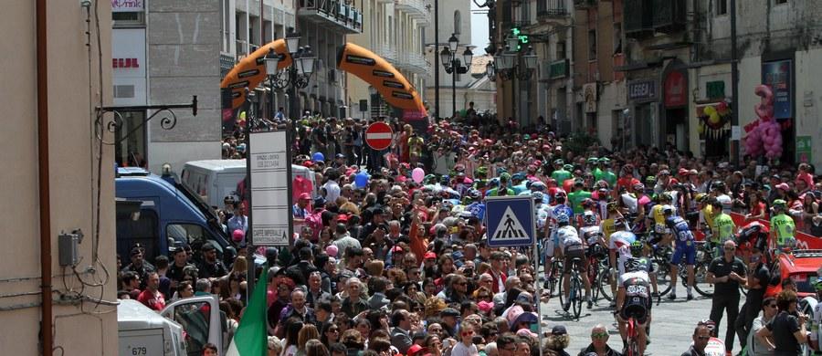 Włoch Diego Ulissi z ekipy Lampre-Merida wygrał po samotnym finiszu w miejscowości Praia a Mare w Kalabrii czwarty etap wyścigu kolarskiego Giro d'Italia. Różową koszulkę lidera ponownie wywalczył drugi na mecie Holender Tom Dumoulin (Giant).