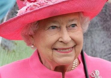 """Gafa królowej Elżbiety II. """"Miała pani pecha"""""""