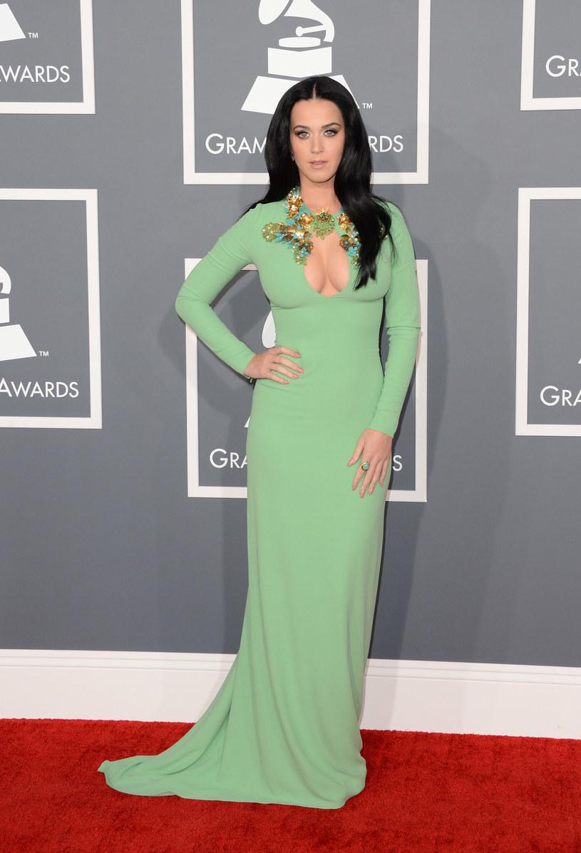 Katy Perry nie boi się mówić o swoim ciele. W wywiadzie dla serwisu Mashable przyznała, że lubi swoje kształty i wcale ich nie ukrywa.