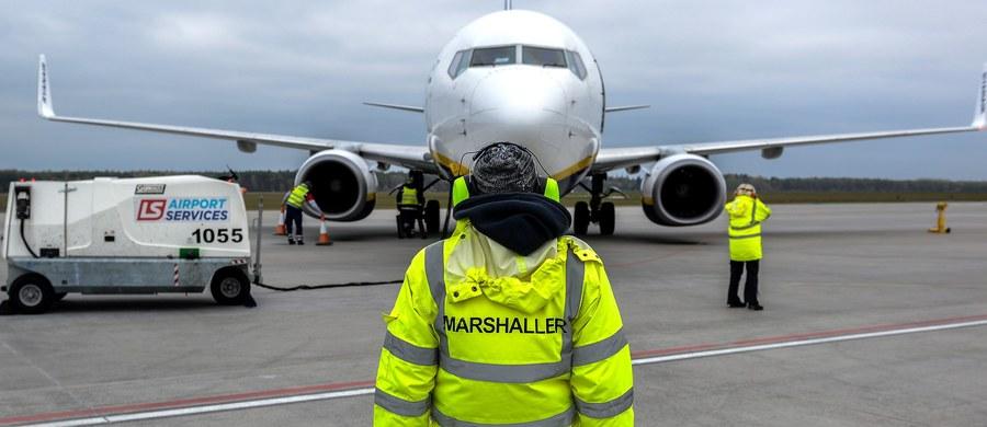 Władze spółki, do której należy port lotniczy w Modlinie, złożyły wniosek do prokuratury w sprawie trzech fałszywych alarmów bombowych na terenie lotniska – ustalił reporter RMF FM Michał Dobrołowicz. Chodzi o alarmy z marca i kwietnia tego roku.