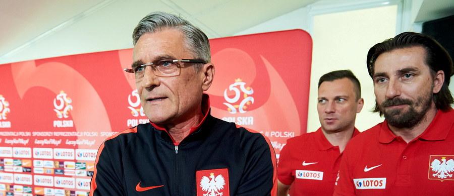 Trener Adam Nawałka spotkał się z dziennikarzami w Juracie. To właśnie na Półwyspie Helskim polska reprezentacja rozpocznie przygotowania do Mistrzostw Europy. Na razie mają połączyć przyjemne z pożytecznym na kilkudniowym zgrupowaniu regeneracyjnym.