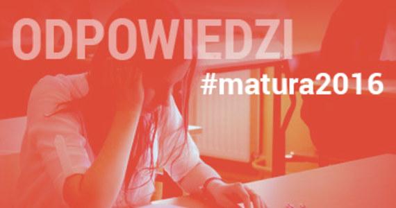 Trzeba było wykazać się wiedzą, ale nie było najgorzej - mówili po wyjściu z egzaminu maturzyści V LO w Lublinie. Rano uczniowie pisali egzamin z historii. Po południu - z informatyki. Na RMF24 publikujemy arkusze zadań i propozycje rozwiązań przygotowane przez ekspertów portalu INTERIA.PL