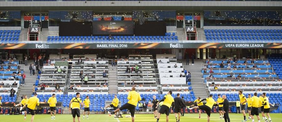 """Drużyna z Andaluzji wygrała dwie ostatnie edycje, ale szkoleniowiec """"The Reds"""", Juergen Klopp zaznacza że w tym meczu nie będzie faworyta. Początek meczu w środę o 20.45."""