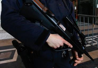 Prokurator żąda do 18 lat więzienia dla terrorystów powiązanych z zamachami w Paryżu