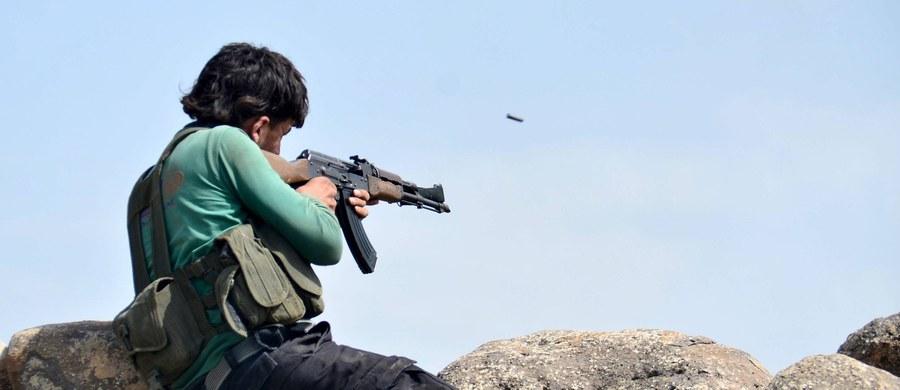 """Radykalna redukcja amerykańskich programów wzmocnienia sił bezpieczeństwa Iraku z inicjatywy Białego Domu po wycofaniu wojsk USA z tego kraju przyczyniła się do powstania Państwa Islamskiego (IS) - podaje wtorkowy """"Washington Post""""."""