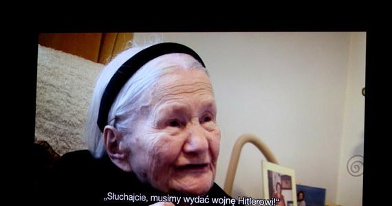 Zrealizowany przez Andrzeja Wolfa film o Irenie Sendlerowej, która uratowała w czasie okupacji niemieckiej 2,5 tys. żydowskich dzieci, miał w czwartek uroczystą premierę w Warszawie. Przesłaniem głównym jest to, że ze złem trzeba walczyć - powiedział reżyser.