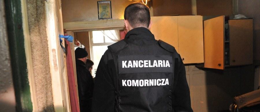 Na krakowskim osiedlu Dąbie mężczyzna zabił się podczas interwencji komorniczej. 57-latek strzelił sobie w głowę, gdy urzędnik wchodził do mieszkania.