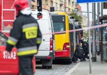 Wybuch we Wrocławiu: Kierowca złamał procedury. Nie powinien sam wynosić bomby z autobusu